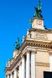 利沃夫州建立侧视图的歌剧剧院 图库摄影