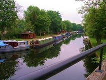 利物浦运河周期道路的利兹 免版税库存图片