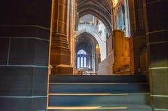 利物浦,英国- 2015年4月03日-利物浦大教堂内部看法  库存照片
