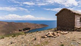 玻利维亚和秘鲁的边界的喀喀湖 库存照片