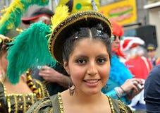 玻利维亚的队的队员在狂欢节的在哈雷 库存照片