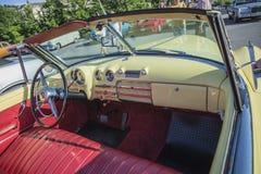 1949年别克八超级Dynaflow 2门敞篷车 库存图片