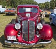 1934年别克57红色汽车正面图 图库摄影