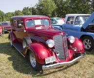 1934年别克57红色汽车 免版税库存图片