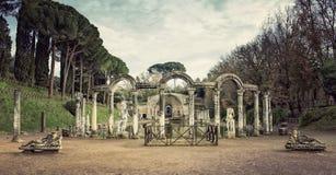 别墅艾德里安娜 Hadrian别墅的Canopus在Tivoli,意大利 库存图片