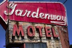 别墅里奇,密苏里,美国-大约2016年6月- Gardenview在路线66的汽车旅馆标志 免版税库存照片