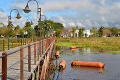 别墅索里亚诺省船坞和镇 库存图片