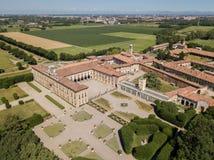 别墅Arconati, Castellazzo,博拉泰,米兰,意大利 别墅Arconati鸟瞰图  库存图片