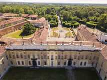 别墅Arconati, Castellazzo,博拉泰,米兰,意大利 别墅Arconati鸟瞰图  免版税库存图片