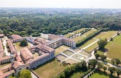 别墅Arconati, Castellazzo,博拉泰,米兰,意大利 鸟瞰图 别墅Arconati, Castellazzo,博拉泰,米兰,意大利 库存照片
