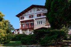 别墅Arnaga在法国巴斯克国家 免版税库存照片