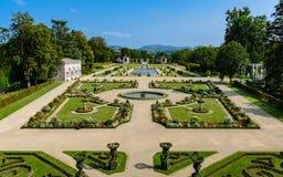 别墅Arnaga法国庭院  免版税库存照片
