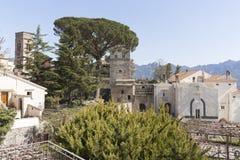 别墅Rufolo看法在阿马尔菲海岸萨莱诺意大利 库存图片