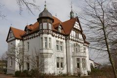 别墅Stahmer,在1900年修造在半木材样式今天担当市Georgsmarienhuette博物馆,德国 库存照片