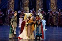 到家庭尾巴帷幕的公主` s参观:`丝绸之路` -史诗舞蹈戏曲`丝绸公主` 免版税库存照片