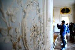 到小的Trianon,凡尔赛的参观 免版税库存照片
