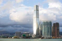 000 19 243 456 2012到达了驳船运载离去的地区前面香港的企业货物可以百万r s有些吨船年 A r 中国- 2017年9月24日:ICC -国际性组织 图库摄影