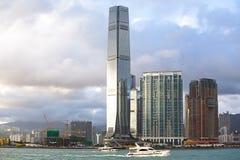 000 19 243 456 2012到达了驳船运载离去的地区前面香港的企业货物可以百万r s有些吨船年 A r 中国- 2017年9月24日:ICC -国际性组织 免版税库存图片