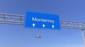 到达对蒙特雷机场的商业飞机 旅行到墨西哥概念性3D翻译 库存图片