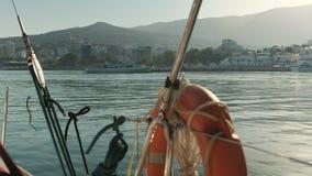 到达港口的小船 股票视频
