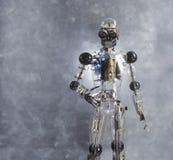 到达的机器人握手 免版税库存图片