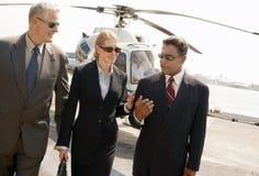 到达从直升机的买卖人 免版税库存照片