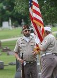 制服的退伍军人有美国国旗的 免版税库存图片