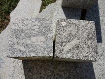 制造工业,花岗岩特写镜头立方体  免版税库存图片