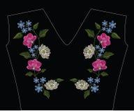 刺绣缝与兰花、木兰和hepatica花 d 库存图片