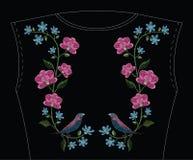 刺绣缝与兰花、hepatica花和gouldian fi 库存图片