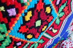 刺绣,在老织品的乌克兰种族样式的装饰品 免版税库存图片