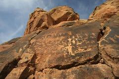刻在岩石上的文字南犹他 免版税库存图片