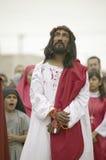 刻画耶稣基督的演员的特写镜头 免版税库存图片