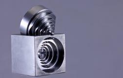 削减设计的金属精确度 免版税库存照片