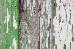 削皮在老被风化的纹理木头的纹理油漆-构造背景,老木板条的纹理表面 免版税库存照片