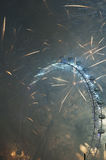 前夕烟花伦敦新年度 免版税库存照片
