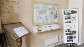 前庭在一个新教徒的教会里 免版税库存照片