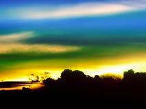 前朵轻的剪影云彩和冷的口气天空 库存图片