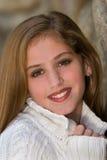 前毛线衣青少年的白色 免版税库存图片