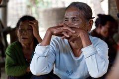 前被刺字的缅甸人奇恩角部落妇女 图库摄影