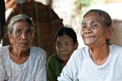 前被刺字的缅甸人奇恩角部落妇女 免版税图库摄影
