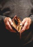 前辈看见空的钱包 免版税库存图片