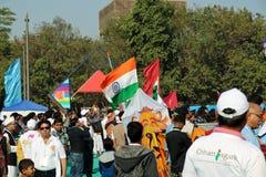前进在opning的仪式的印地安旗子在第29个国际风筝节日2018年-印度 免版税库存图片