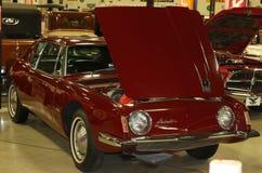 1964年前进报超级被充电的古色古香的汽车 免版税图库摄影