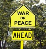 前面战争或和平标志 免版税库存图片