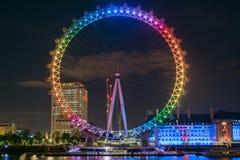 从前面的伦敦眼在完整色彩 库存照片