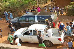 前总统洛朗・巴博的母亲的死亡的到来 库存照片