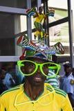 前makaraba萨达姆查阅vuvuzela 库存照片