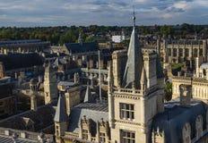 剑桥大学学院屋顶 免版税图库摄影