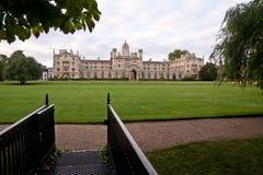 剑桥学院约翰s st 免版税库存照片